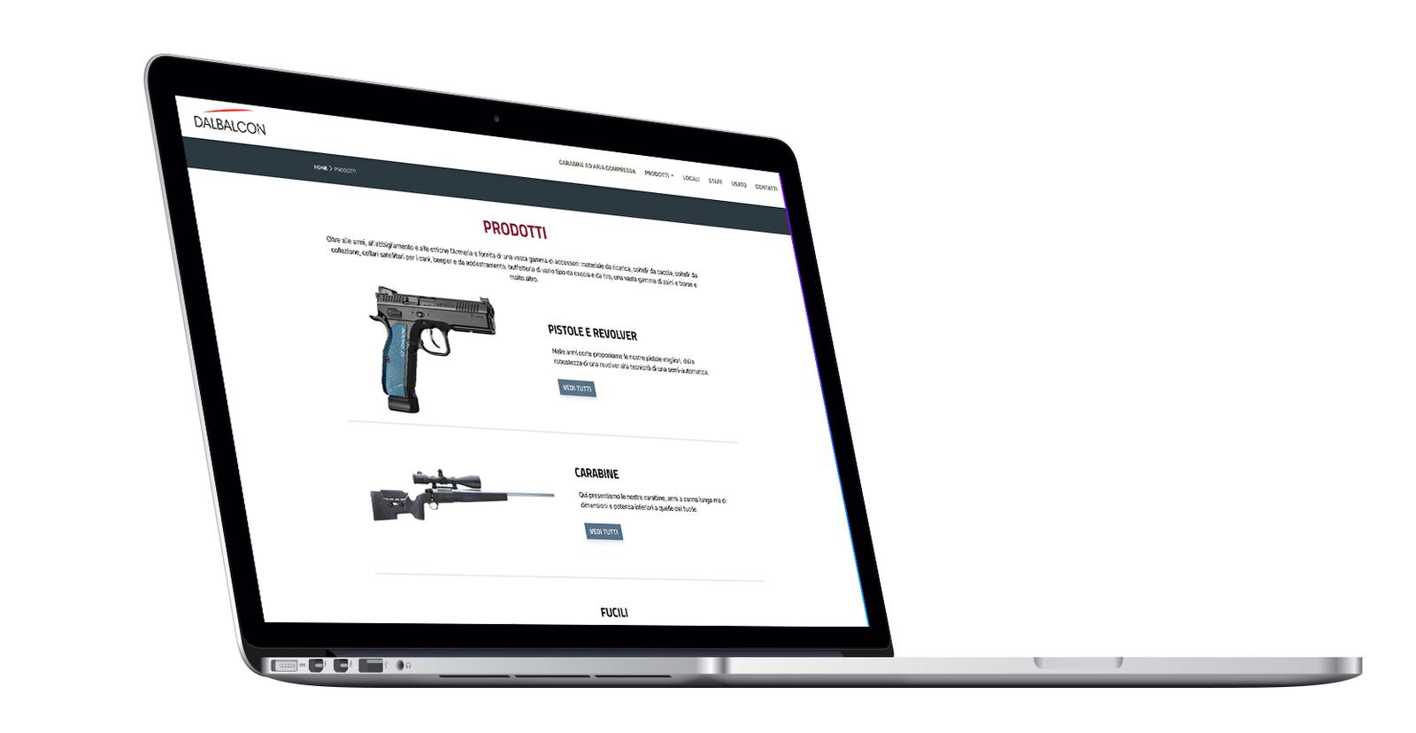 macbook che visualizza la pagina prodotti del sito Armeria Dal Balcon