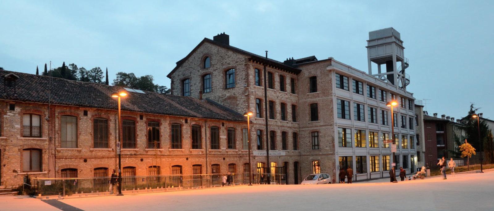 Facade of the Lanificio count taken in the evening